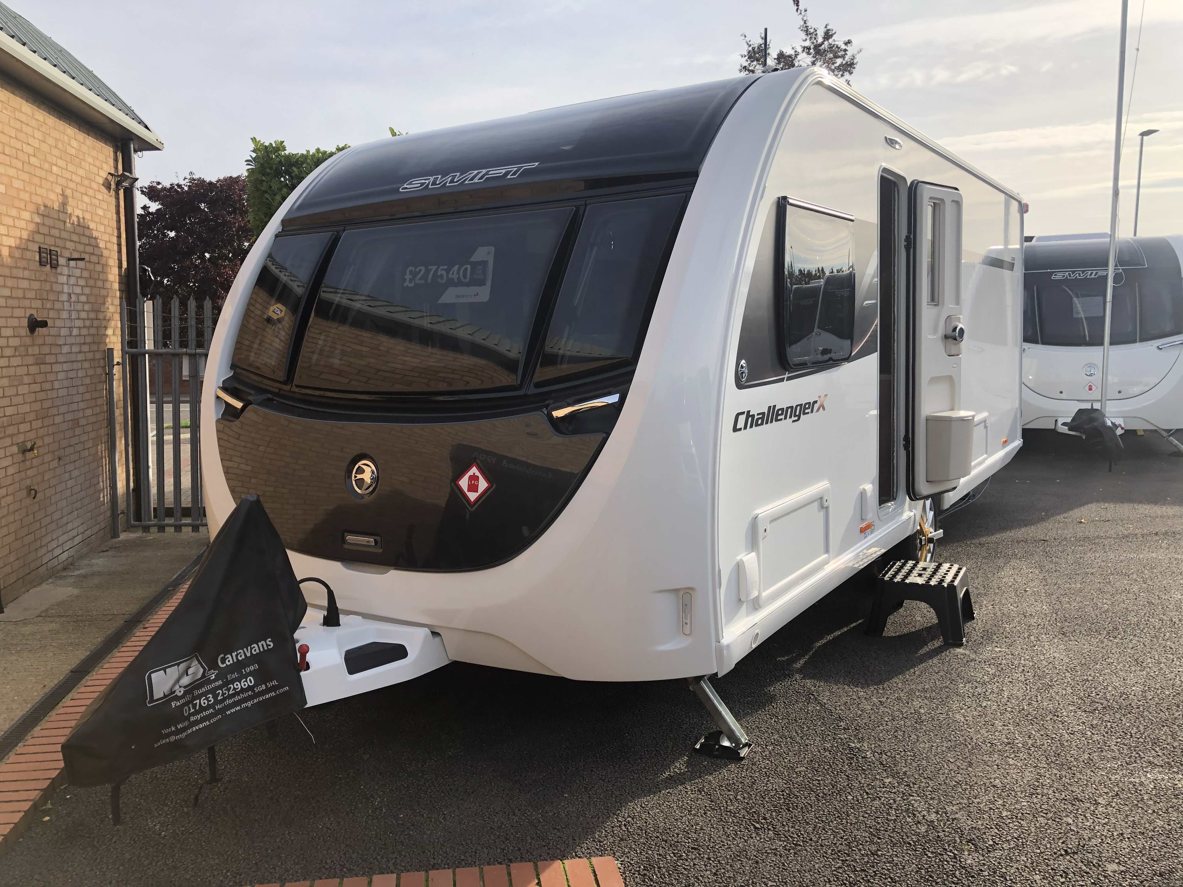2021 Swift Challenger X 880 – *LIMITED TIME DISCOUNT*