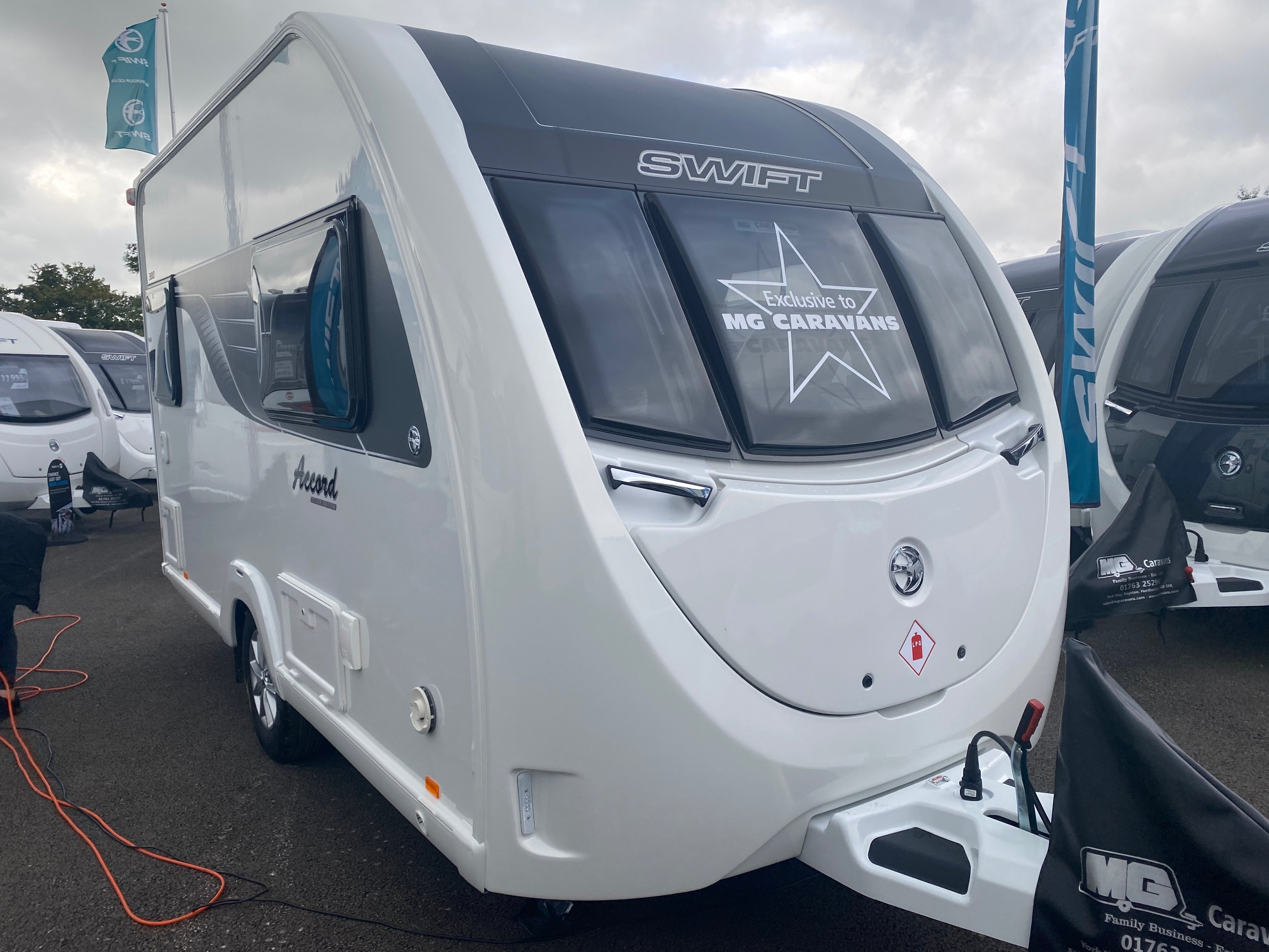 2022 Swift Accord 380 (Sprite Compact)- NEW LAYOUT!